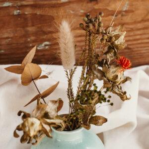 Porzellan Vase mit Trockenblumen M